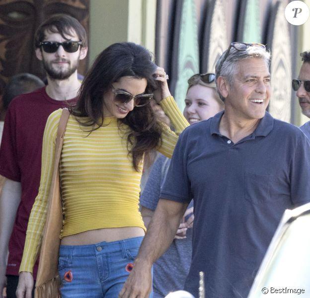 Amal Alamuddin Clooney rend visite à son mari George Clooney sur le tournage de 'Suburbicon' à Los Angeles, le 20 octobre 2016