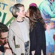 """Sarah Paulson et Amanda Peet à la première de la pièce """"The Babylon Line"""" au Lincoln Center à New York City, le 5 décembre 2016"""