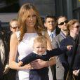 Donald Trump reçoit son étoile sur le Walk of Fame, en présence de sa femme Melania et de leur fils Barron Trump, Hollywood, le 16 janvier 2007.