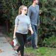 Amanda Seyfried enceinte et son fiancé Thomas Sadoski se promènent en amoureux dans les rues de Studio City, le 14 janvier 2017