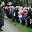 Le Duc d'Edimbourg à la sortie de la messe de Noël de la famille royale UK