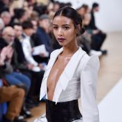 Fashion Week : Flora Coquerel, mannequin et spectatrice sublime