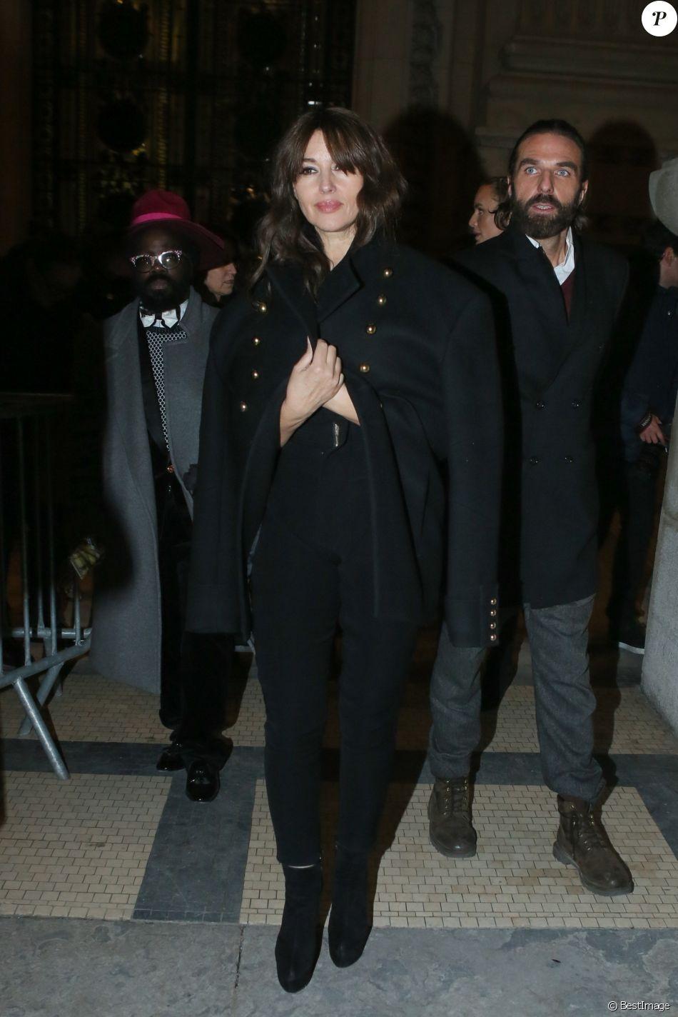 Fashion week janvier 2017 - Monica Bellucci Et John Nollet 224 L Issue Du D 233 Fil 233 De Mode