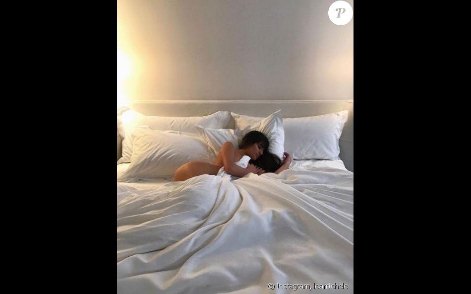 Lea Michele nue dans un lit à New York, Instagram le 27 janvier 2017
