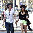 Nina Dobrev et Ian Somerhalder dans les rues de New York, le 13 mai 2012