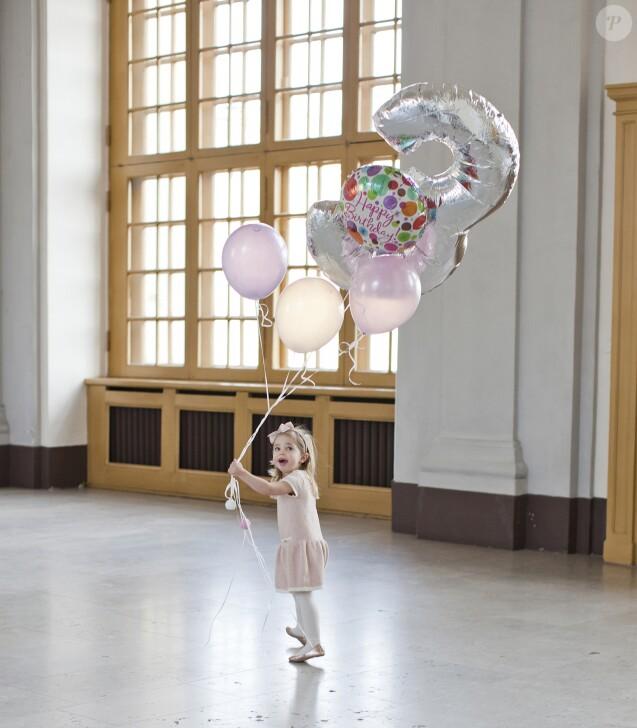 Photo officielle de la princesse Leonore de Suède, fille de la princesse Madeleine et de Christopher O'Neill, diffusée pour son 3e anniversaire, le 20 février 2017. © Brigitte Grenfeldt / Cour royale de Suède