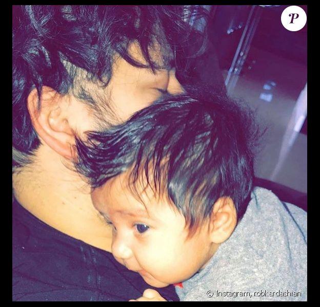 Rob Kardashian partage une photo de lui avec sa fille Dream sur Instagram le 20 février 2017