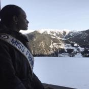 Alicia Aylies (Miss France 2017) : Ses premières vacances au ski !
