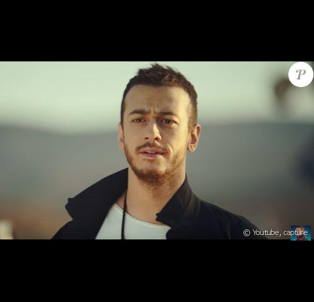 Saad Lamjarred dans le clip de Ghaltana.