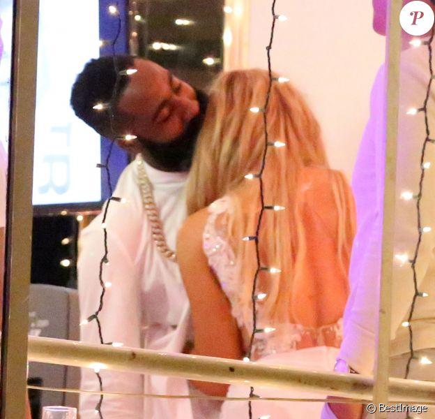 Exclusif - Khloé Kardashian et son compagnon James Harden à l'anniversaire de ce dernier, le 25 août 2015 sur le bateau Hornblower à Marina del Rey