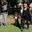 Samedi : Heidi Klum et son mari Seal en balade avec les enfants