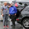 Exclusif - Prix Spécial - Mel B s'est fait fracturer la vitre de son Audi Q5 et volé des effets personnels devant chez elle à Los Angeles, Californie, le 26 novembre 2016.