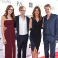 Kaia, Presley Gerber et leurs parents Cindy Crawford et Rande Gerber - 3e édition des Fashion Los Angeles Awards au Sunset Tower Hotel. Los Angeles, le 2 avril 2017.