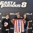 "Antoine Griezmann, Vin Diesel et Filipe Luis - Photocall du film ""Fast and Furious 8"" à Madrid. Le 6 avril 2017."