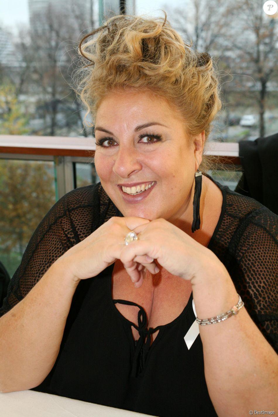 Marianne James - 5e édition de Radio France fête le livre à Paris le 27 novembre 2016.