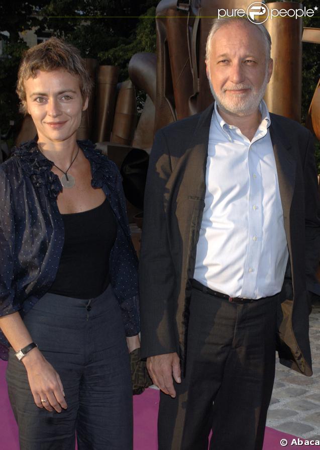 François Berléand et sa compagne Alexia Stresi sont parents de jumelles.
