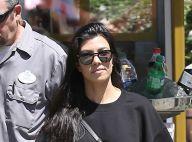 Kourtney Kardashian fête son anniversaire totalement nue