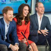 """Kate Middleton, William et le """"héros"""" Harry à l'aise dans l'oeil des médias..."""