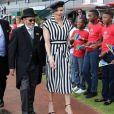 La princesse Charlene de Monaco à l'hippodrome de Turffontein lors d'une visite en Afrique du Sud en avril 2017 en lien avec les actions de sa fondation et son patronage de la Croix-Rouge sud-africaine. Photo Instagram @saredcross (Croix-Rouge sud-africaine)