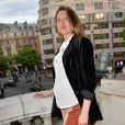 """Julia Piaton (enceinte) lors de l'avant-première du film """"Jour J"""" au cinéma Gaumont-Opéra à Paris, France, le 24 avril 2017. © Veeren/Bestimage"""