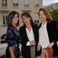 """Reem Kherici, Chantal Lauby et Julia Piaton (enceinte) lors de l'avant-première du film """"Jour J"""" au cinéma Gaumont-Opéra à Paris, France, le 24 avril 2017. © Veeren/Bestimage"""