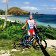 """Denis Brogniart aux île Fidji pour le tournage de la nouvelle saison de """"Koh-Lata"""". Avril-mai 2017."""