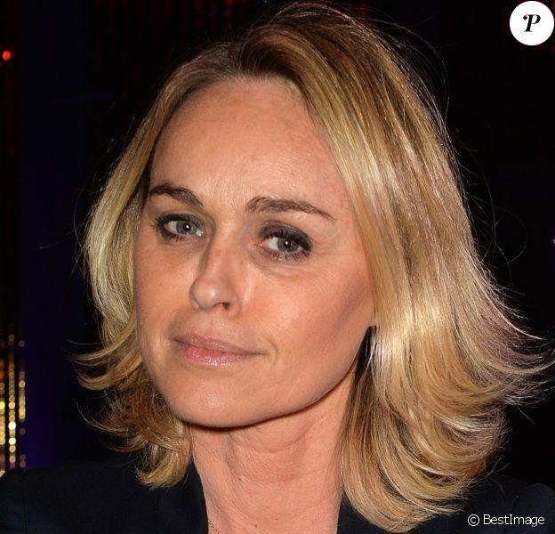 Cécile de Menibus à la soirée des parfums Caron Pour un homme vous feriez quoi ? au Théâtre du Renard à Paris le 22 mars 2017.