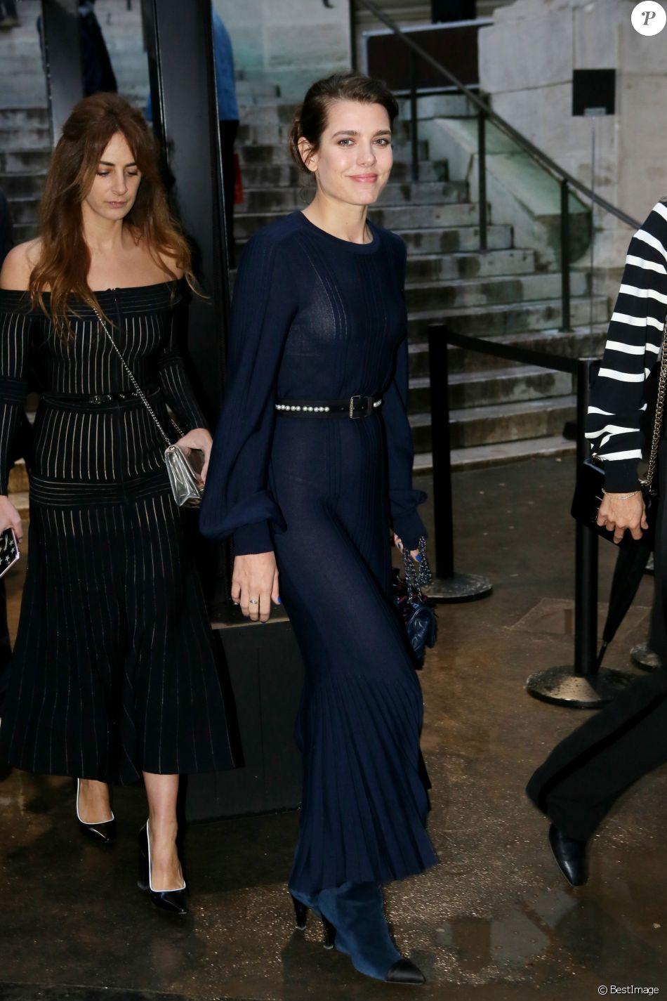 Nude defile at paris fashion week bvr - 2 10
