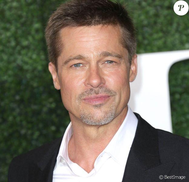"""Brad Pitt à la première de """"Alliés"""" (Allied) à Los Angeles le 9 novembre 2016."""