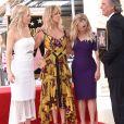 Kate Hudson avec sa mère Goldie Hawn, Reese Witherspoon et Kurt Russell - Goldie Hawn et son compagnon Kurt Russell reçoivent leurs étoiles sur le Walk of Fame au 6201 Hollywood blvd à Hollywood, le 4 mai 2017
