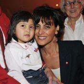 Inès de la Fressange, Catherine Laborde et Valérie Bénaim ont élu... le Bébé Cadum 2009 ! Trop mignonne !
