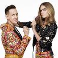 """Cara Delevingne et Jeremy Scott, directeur artistique de la marque Moschino, sont les visages de la nouvelle campagne """"Osez libérer la bête"""" des glaces Magnum."""