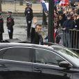 Emmanuel Macron redescend l'Avenue des Champs-Elysées - Cérémonie d'hommage au soldat inconnu à l'Arc à de Triomphe à Paris, le 14 mai 2017. © Pierre Perusseau/Bestimage