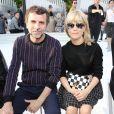Eric Lartigau et Marina Foïs assistent au défilé Louis Vuitton (collection prêt-à-porter croisière 2018) au Miho Museum. Kyoto, le 14 mai 2017.