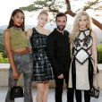Laura Harrier, Sophie Turner, Nicolas Ghesquière et Riley Keough assistent au défilé Louis Vuitton (collection prêt-à-porter croisière 2018) au Miho Museum. Kyoto, le 14 mai 2017.
