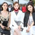 Urassaya Sperbund, Tang Yan et Janice Man assistent au défilé Louis Vuitton (collection prêt-à-porter croisière 2018) au Miho Museum. Kyoto, le 14 mai 2017.