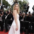 "Lily Donaldson - Montée des marches du film ""Nelyubov"" (Loveless) lors du 70ème Festival International du Film de Cannes. Le 18 mai 2017. © Borde-Jacovides-Moreau/Bestimage"