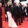 """Uma Thurman - Montée des marches du film """"Nelyubov"""" (Loveless) lors du 70ème Festival International du Film de Cannes. Le 18 mai 2017. © Borde-Jacovides-Moreau/Bestimage"""