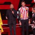 """Nikos Aliagas et les coachs - """"The Voice 6"""", live du 27 mai 2017 sur TF1."""