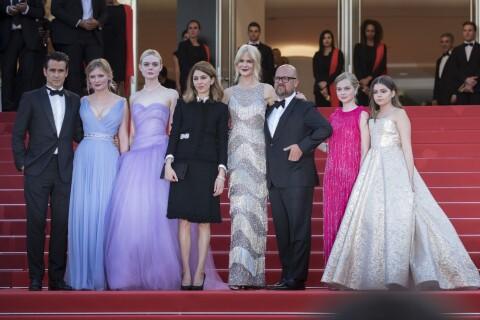 Cannes 2017: Kirsten Dunst princesse sensuelle devant Irina Shayk bombesque