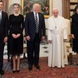 Jared Kushner, Ivanka Trump, Donald Trump, le Pape François et Melania Trump au Vatican, le 24 mai 2017