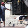 Darren Criss sur le tournage de 'Versace: American Crime Story' sur Ocean Drive à Miami, le 9 mai 2017 © CPA/Bestimage