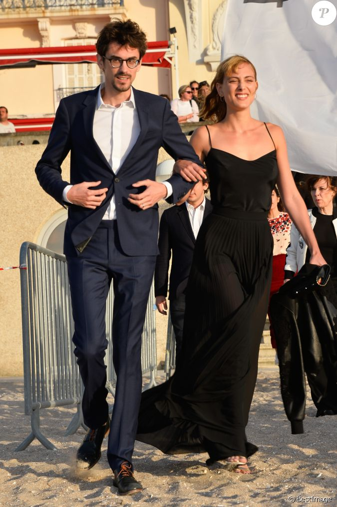 hugo g lin et nora arnezeder 31e festival du film romantique de cabourg le 15 juin 2017. Black Bedroom Furniture Sets. Home Design Ideas