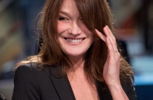 Carla Bruni : T-shirt mouillé et pose sexy, sa vision torride de la canicule