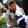 Jo-Wilfried Tsonga abandonne à cause d'une blessure au troisième tour des Internationaux de France de tennis à Roland Garros à Paris, le 28 mai 2016. © Dominique Jacovides/Bestimage