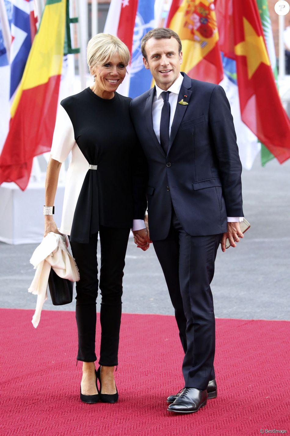 Le président français Emmanuel Macron et sa femme Brigitte Macron arrivent au concert de la Neuvième Symphonie de Beethoven à l'Elbphilharmonie de Hamburg, Allemagne, le 7 juillet 2017. © Future-Image/Zuma Press/Bestimage