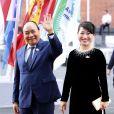 Nguyen Xuan Phuc et sa femme arrivent au concert de la Neuvième Symphonie de Beethoven à l'Elbphilharmonie de Hamburg, Allemagne, le 7 juillet 2017. © Future-Image/Zuma Press/Bestimage
