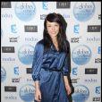 Avec cette robe bleue, Dounia Coesens a tout d'une grande !02/02/09