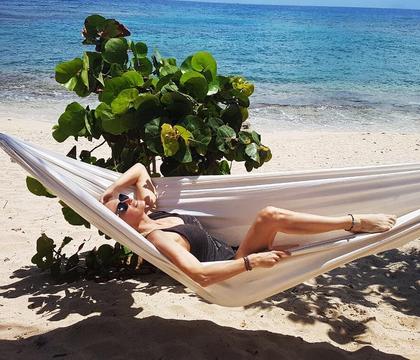 Estelle Lefébure, Cindy Crawford... 50 ans et divines en bikini !