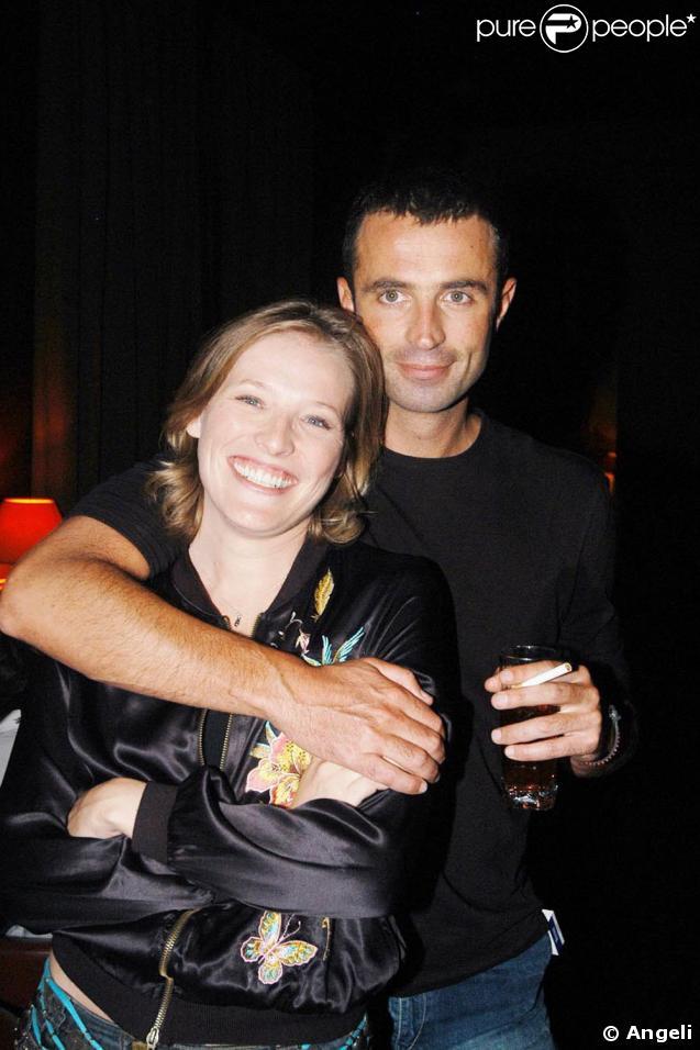 Victor Robert et Estelle Martin, avec qui il présentait le Journal des bonnes nouvelles, sur Canal +.